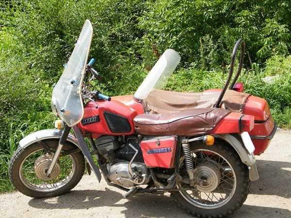 Фото мотоцикла с боковым прицепом