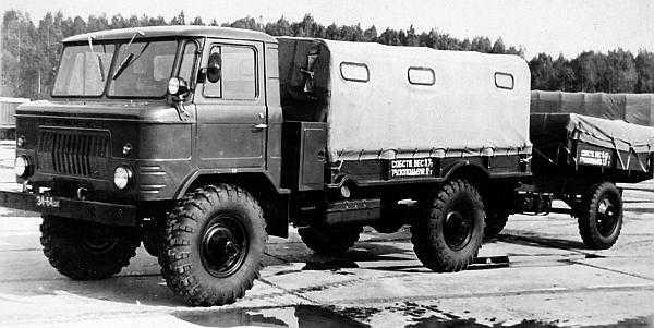 ГАЗ 66 с «гражданскими» фарами и габаритными огнями