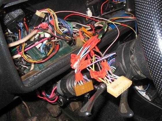 Схема электропроводки ВАЗ 2113 дополнилась жгутом проводов панели приборов