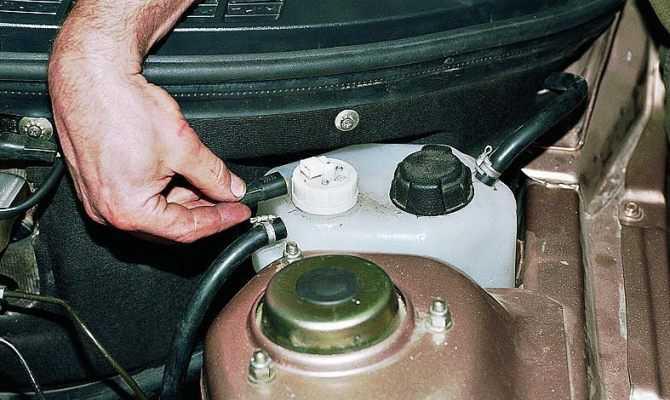 Развоздушивание системы охлаждения двигателя способы