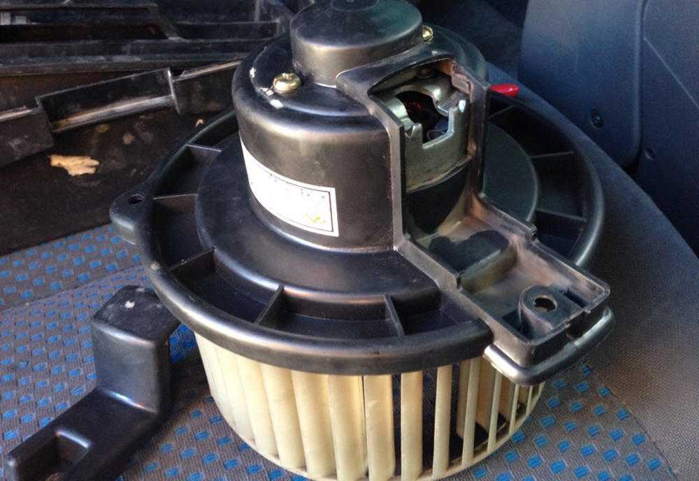 Вентилятор печкиChery Tiggo