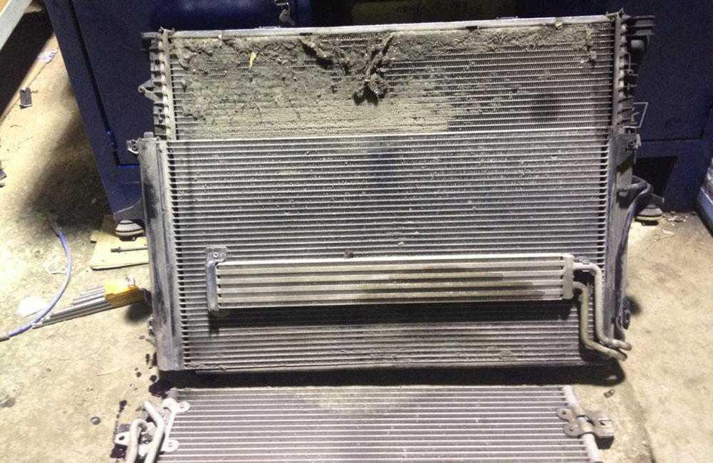 Засорен радиатор отопителя
