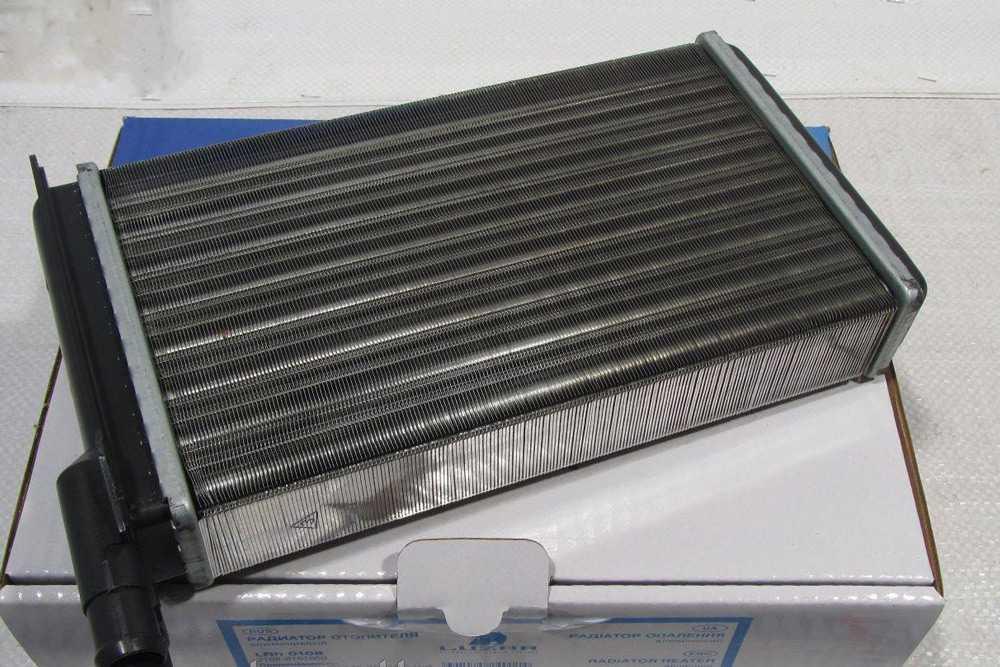 Алюминиевый радиатор печки ВАЗ-2114