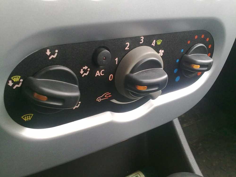 Блок управления печкой Форд Фокус 2