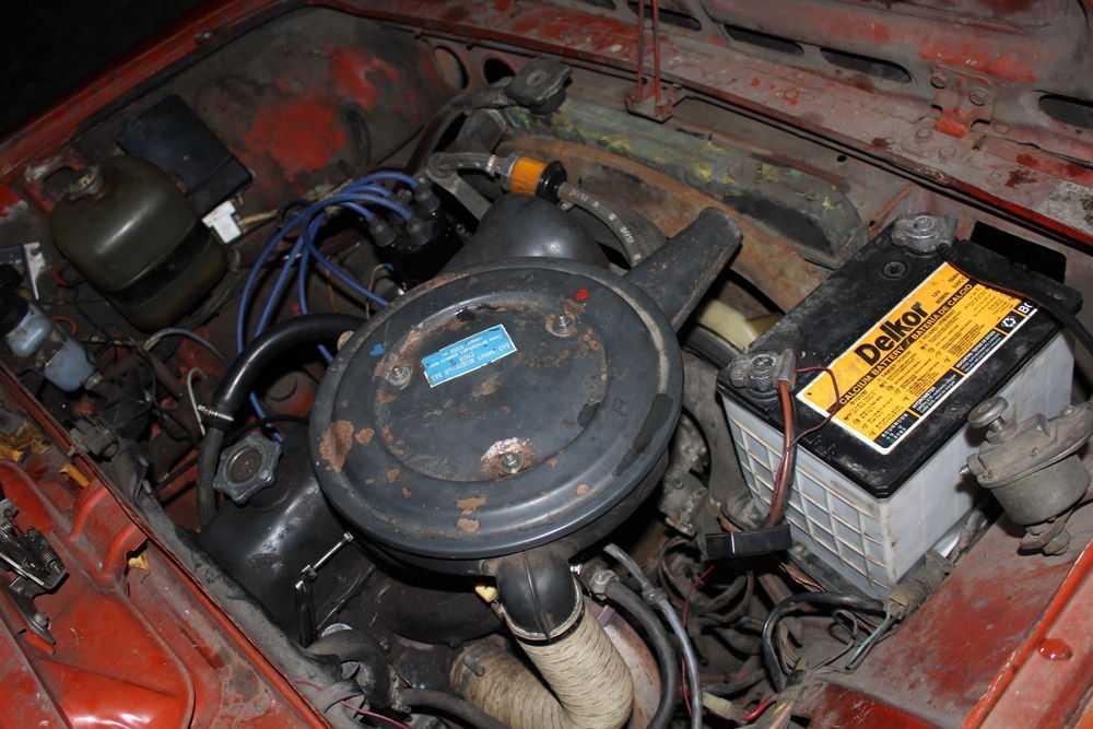Моторный отсек ВАЗ-2101