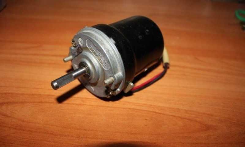Электродвигатель вентилятора