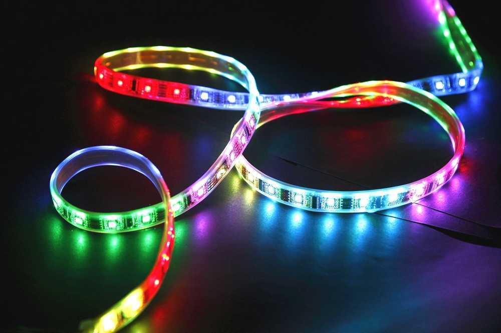 Гибкая светодиодная разноцветная лента