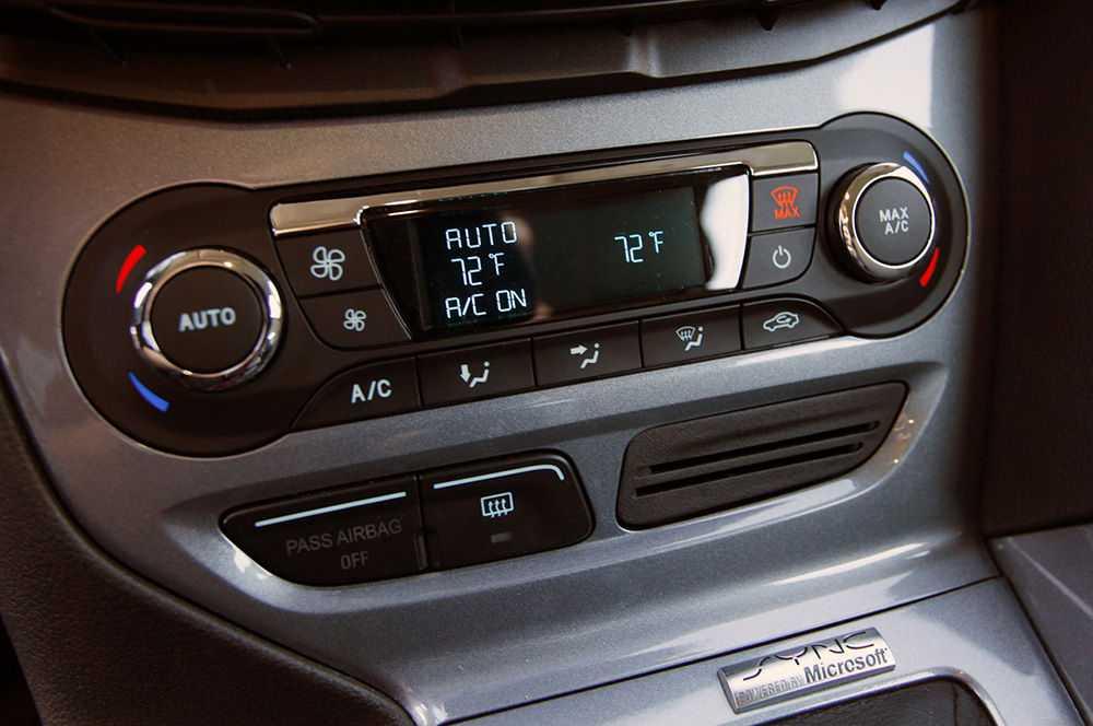 Работа климат-контроля в Форд Фокус 3