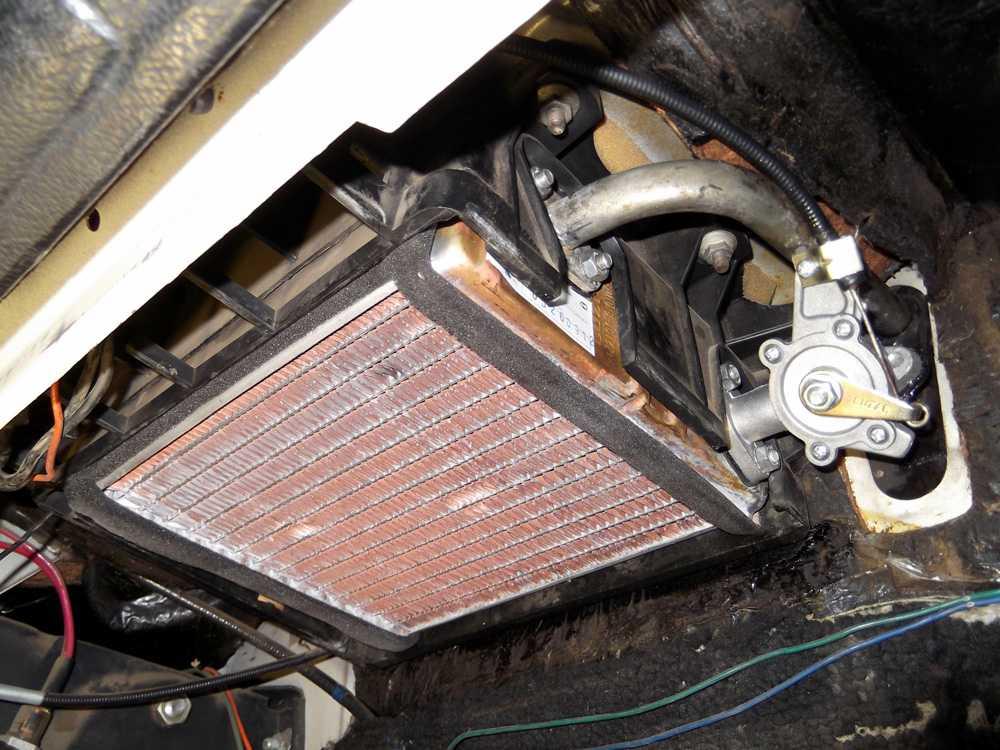 Медный радиатор отопителя ВАЗ 2114
