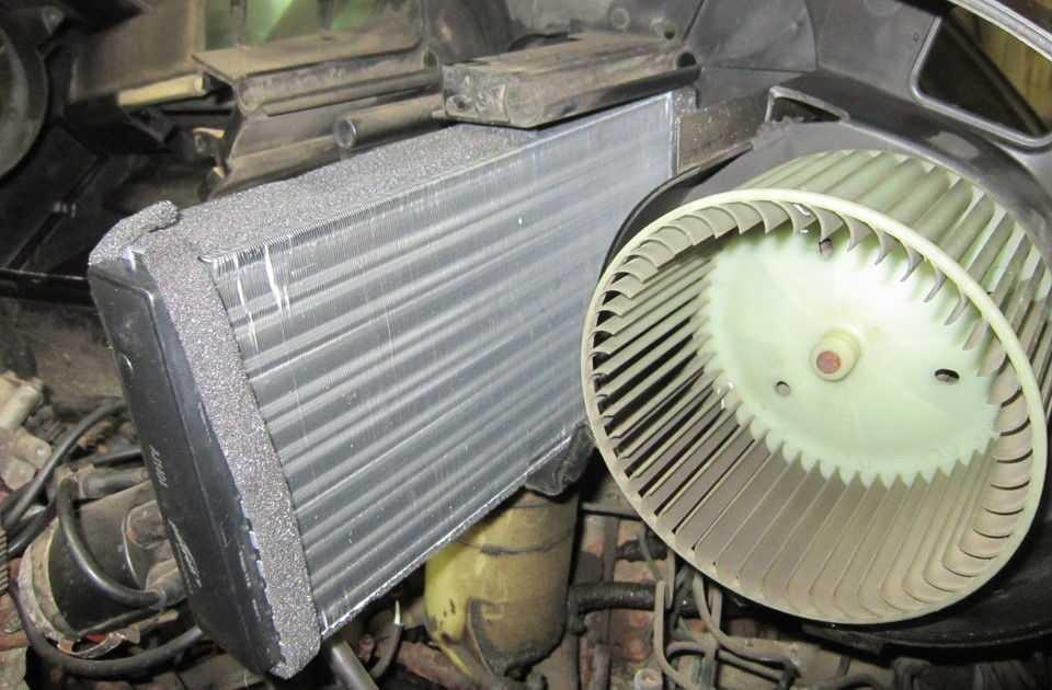 Радиатор и мотор