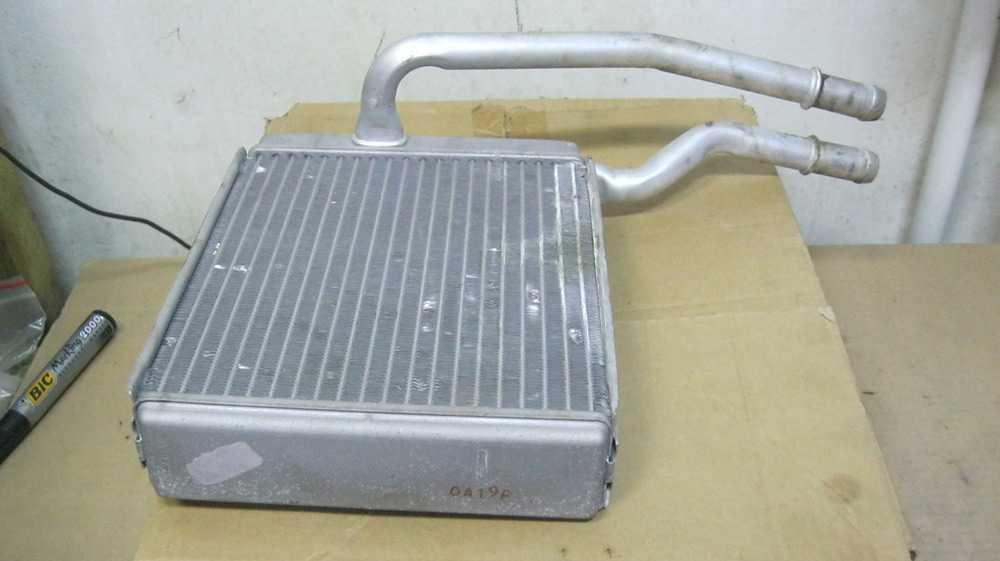 Радиатор печки Форд Фокус 1