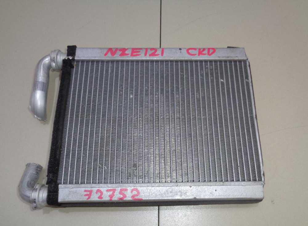 Радиатор печки Тойота Королла