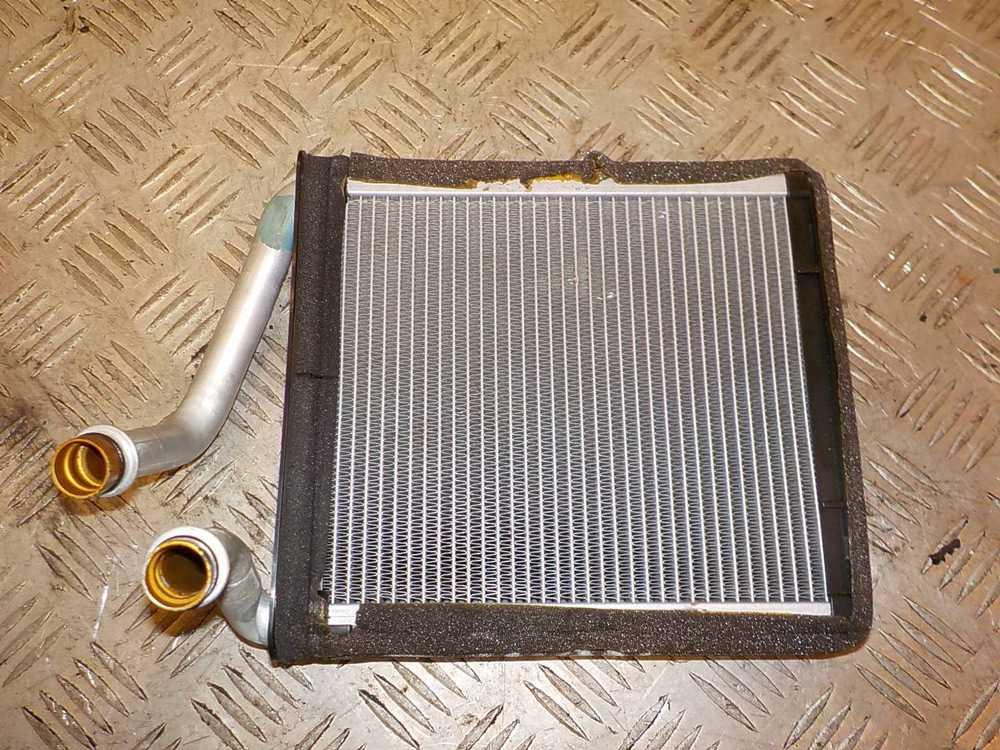 Радиатор печки Фольксваген Гольф 3