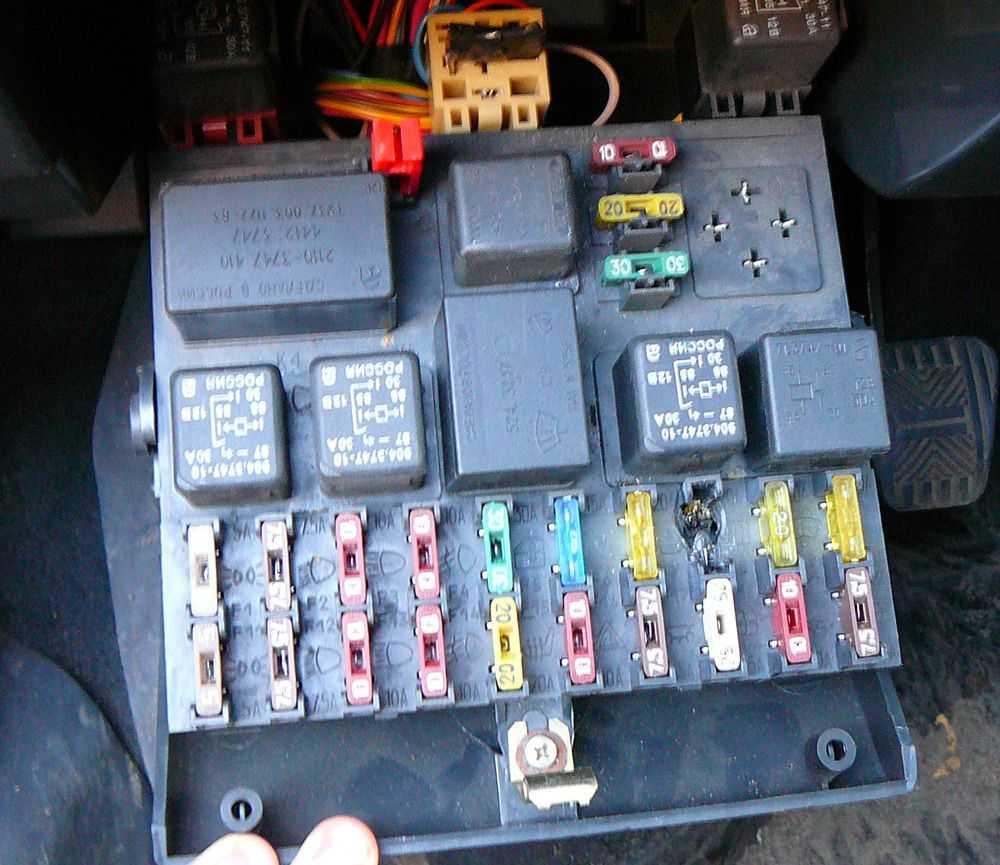 Ремонт блока предохранителя ВАЗ-2110