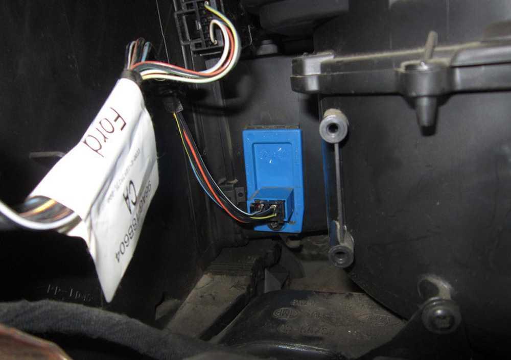 Резистор отопителя Форд Фокус 2