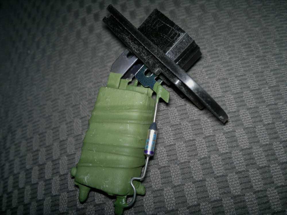 Резистор отопителя ВАЗ 2108