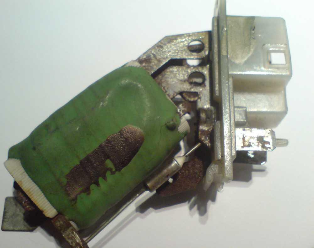 Резистор печки УАЗ Патриот