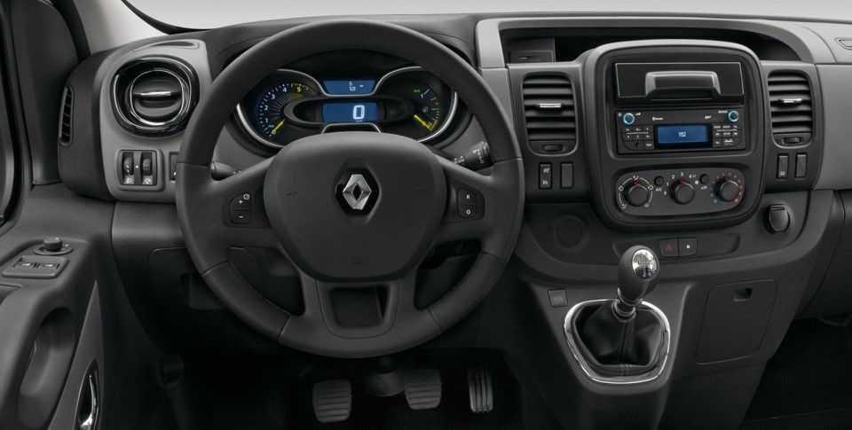 Салон Renault Trafic