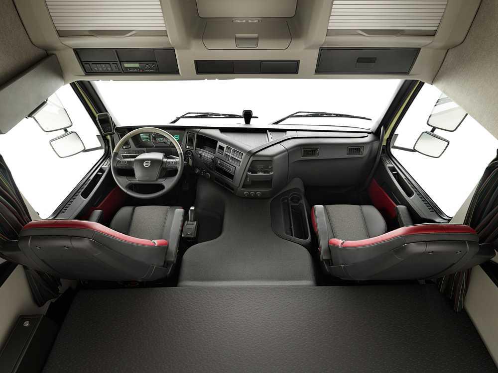 Салон Volvo FMX 8х4 Tridem
