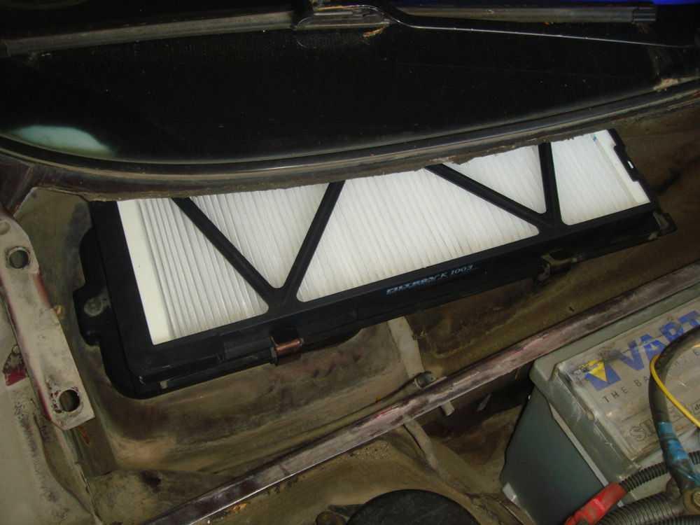 Салонный фильтр Audi A4