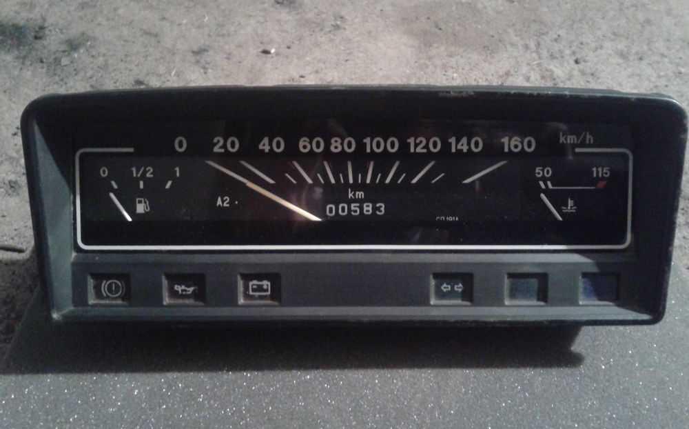 Панель приборов ВАЗ-2101
