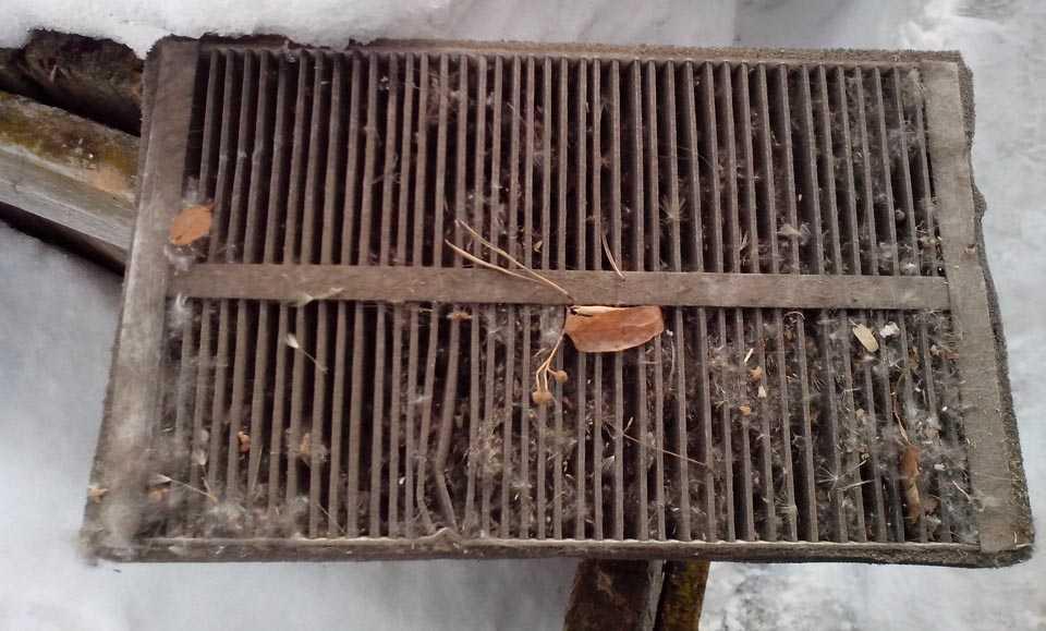 Старый салонный фильтр Нивы