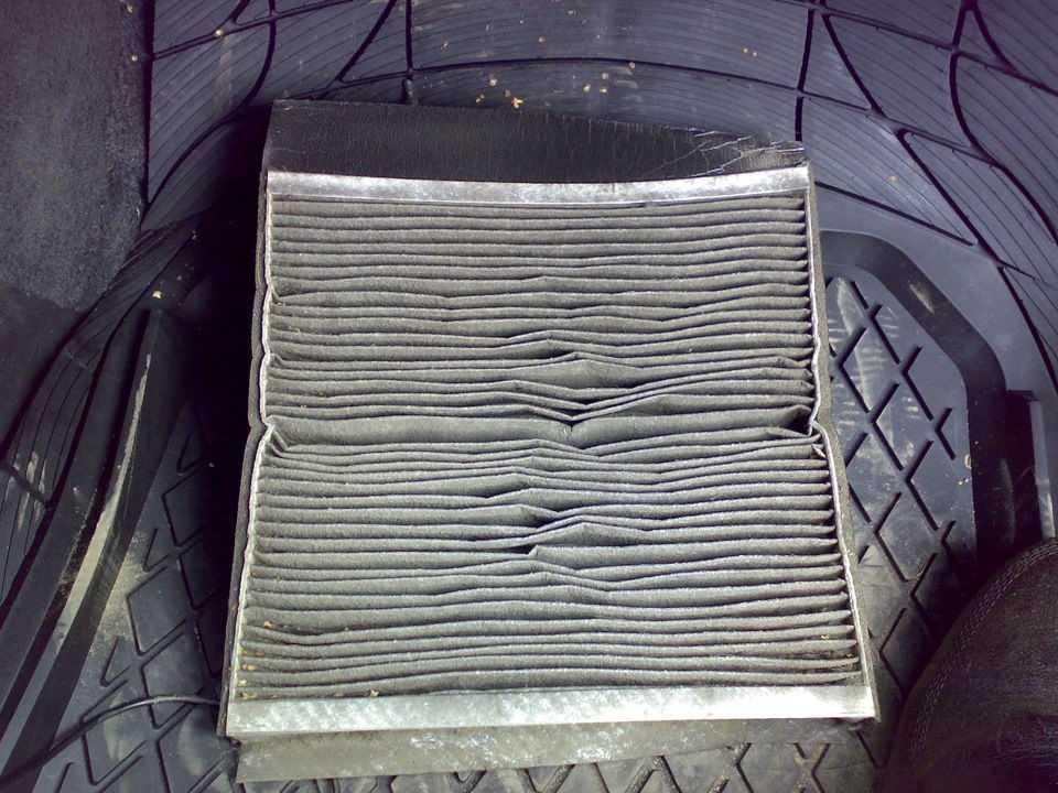 Старый салонный фильтр