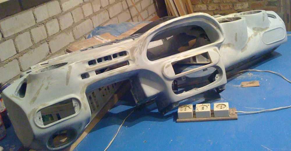 Торпеда приборов Chevrolet Niva
