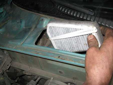 Установка нового фильтра в Chevrolet Lanos