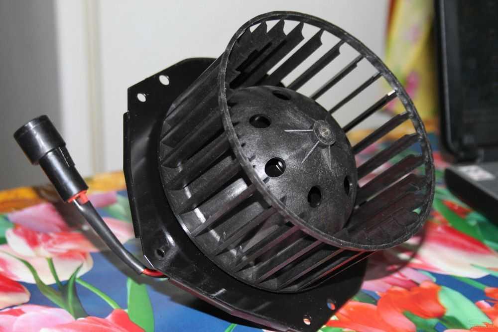 Вентилятор печки Дэу Нексия