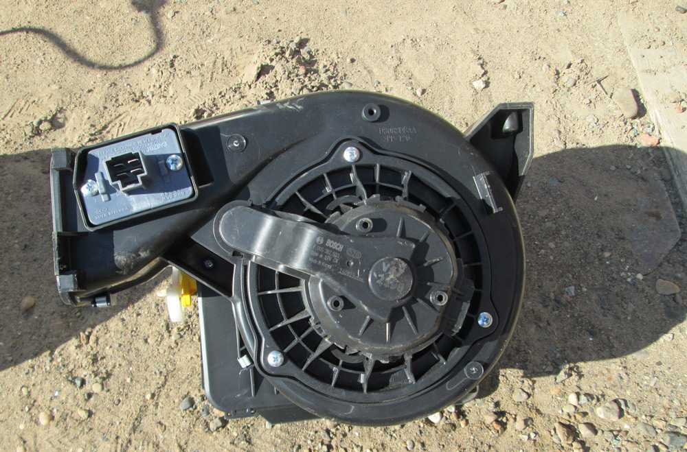Вентилятор печки Форд Фокус 1