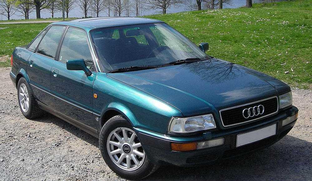 Замена салонного фильтра Audi 80
