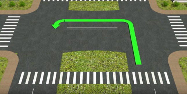 выезд на полосу для встречного движения на перекрестке
